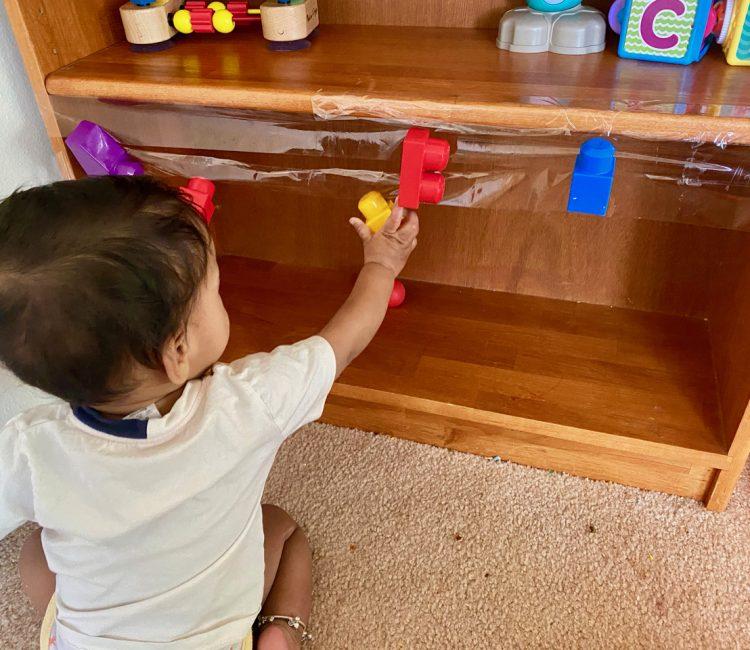 Infant pulling activity